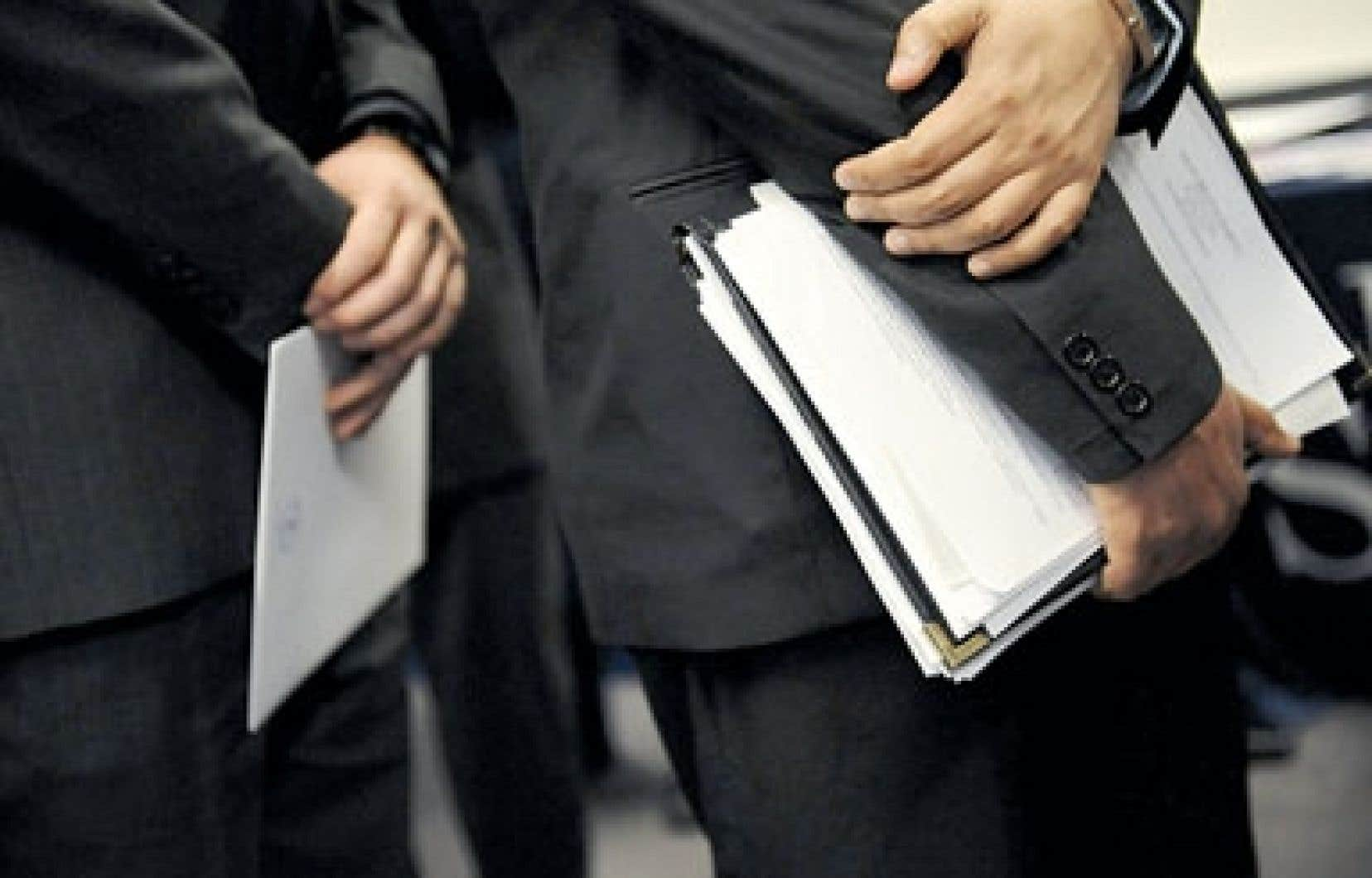 Les titulaires de charges publiques doivent être plus exigeants envers les firmes, selon le commissaire au lobbyisme.