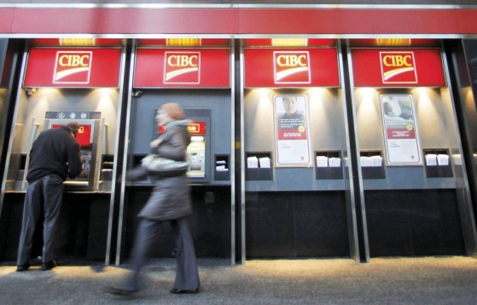 En ce moment, les banques doivent respecter la réglementation québécoise. Mais elles pourraient bien ne plus y être assujetties si Ottawa va de l'avant avec les modifications qu'il entend apporter à la Loi sur les banques.