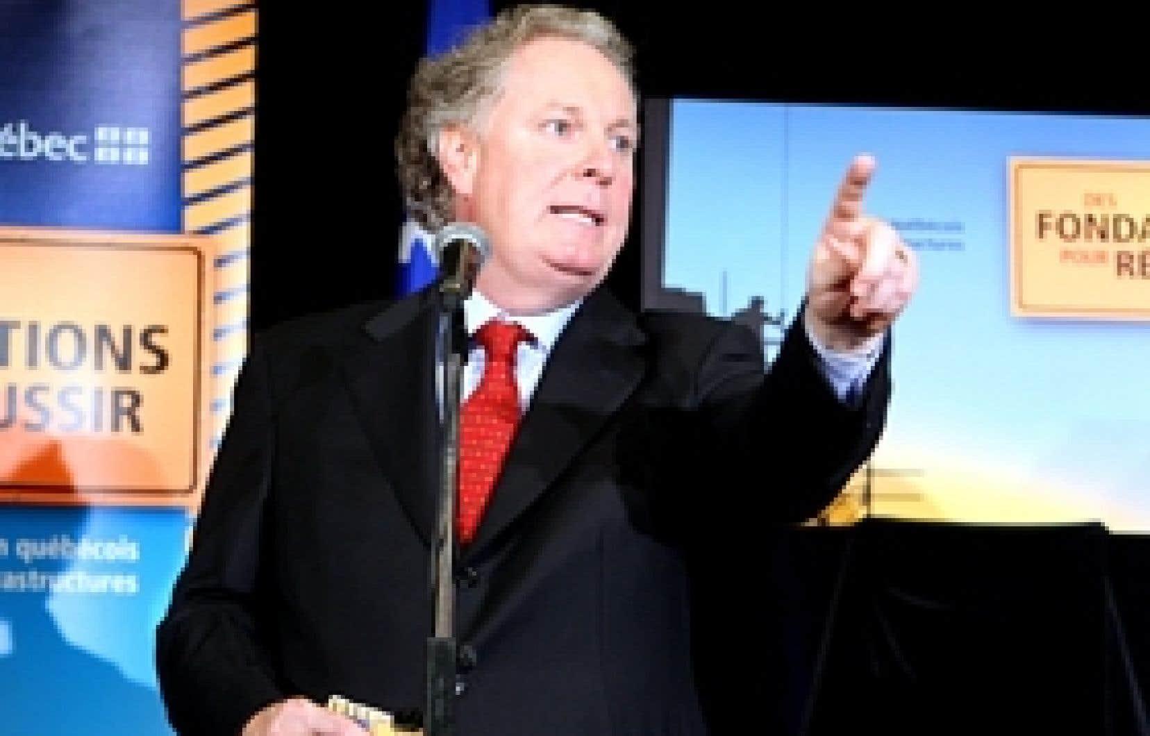 Jean Charest: il est très possible que le premier ministre du Québec le soit encore en octobre 2008, lors du Sommet de la Francophonie à Québec.
