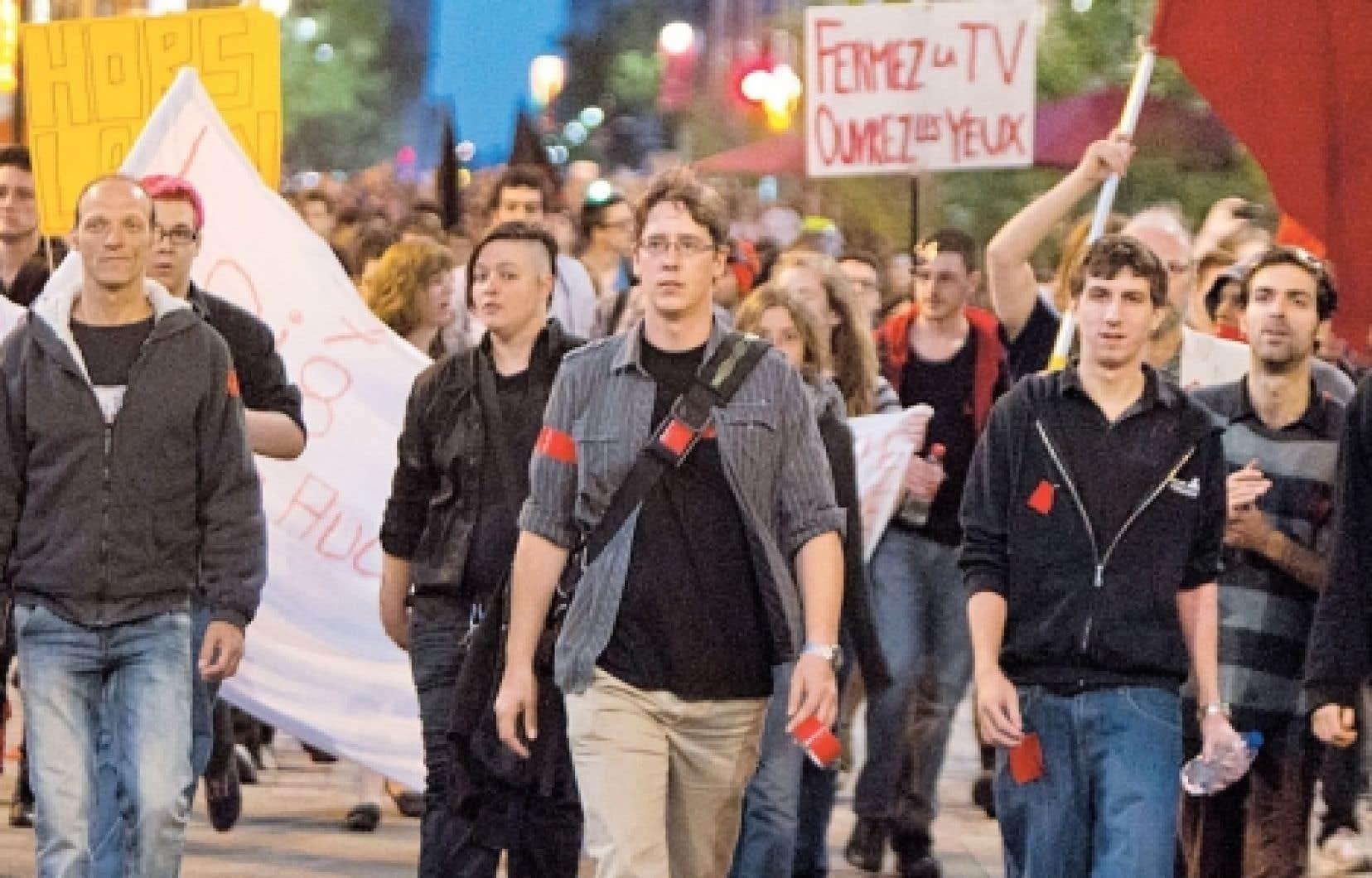 Voilà plus de trois mois que des associations étudiantes ont pris la rue pour dénoncer la hausse des droits de scolarité.