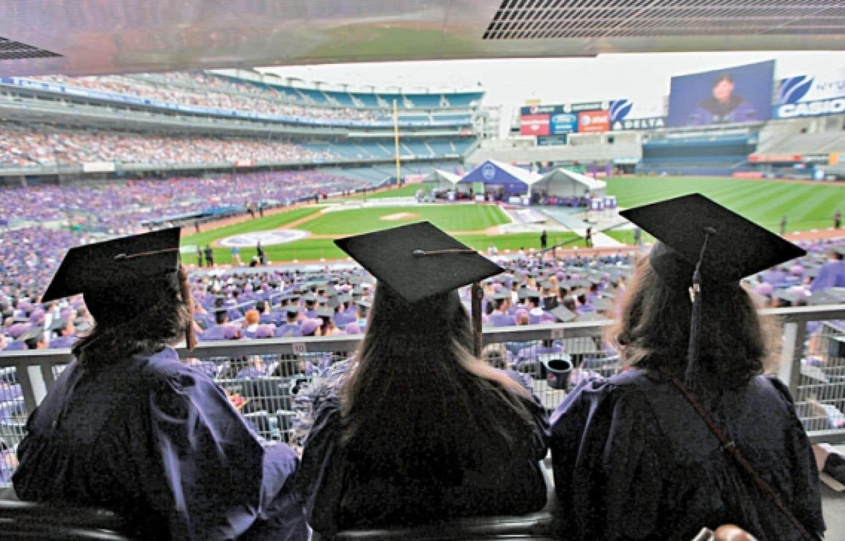 Une cérémonie de remise de diplômes à New York.