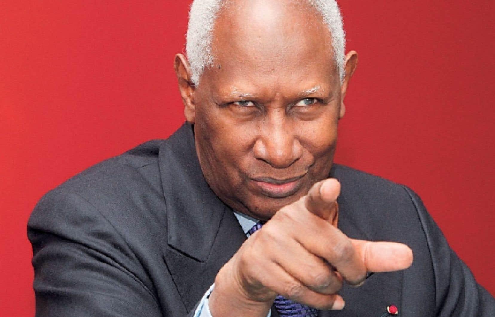 <div> «Ceux qui défendent le plus le français dans les arènes internationales, ce sont les Québécois et les Africains», dit le secrétaire général de la Francophonie, Abdou Diouf.</div>