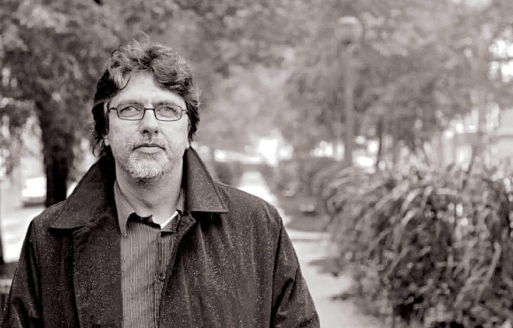 <div> Alain Beaulieu a signé une dizaine d'ouvrages depuis Fou-Bar en 1997.</div>