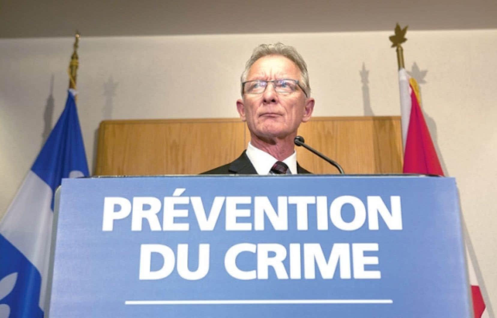 Le gouvernement du Canada vise les programmes de prévention pour s'attaquer à la violence des jeunes, à la délinquance chez les jeunes autochtones en milieu urbain et à l'intimidation dans les écoles, a expliqué le sénateur Pierre-Hugues Boisvenu.