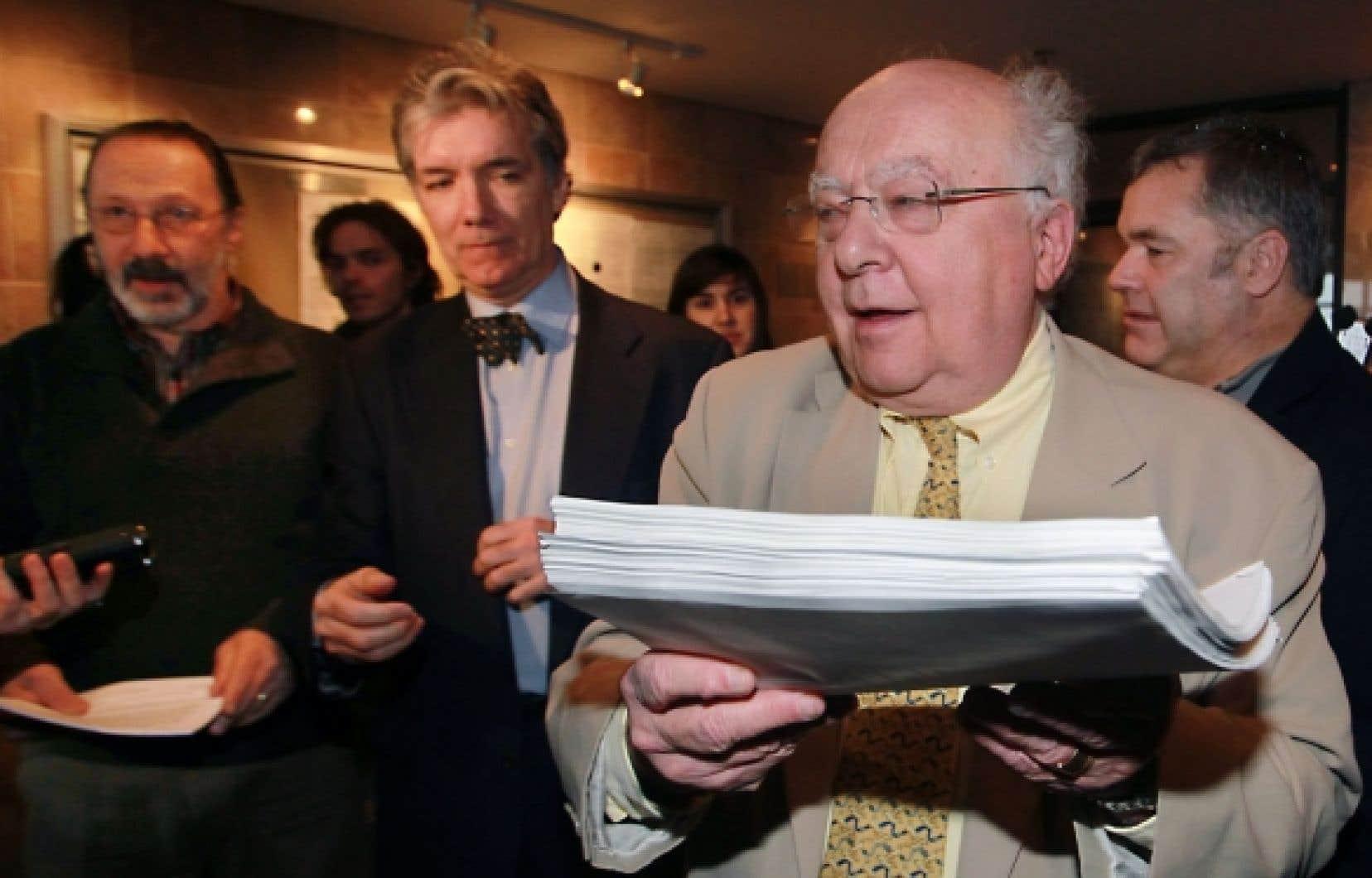 L'avocat Julius Grey ne se considère pas comme un anglophone, mais bien comme un Québécois qui parle deux langues.