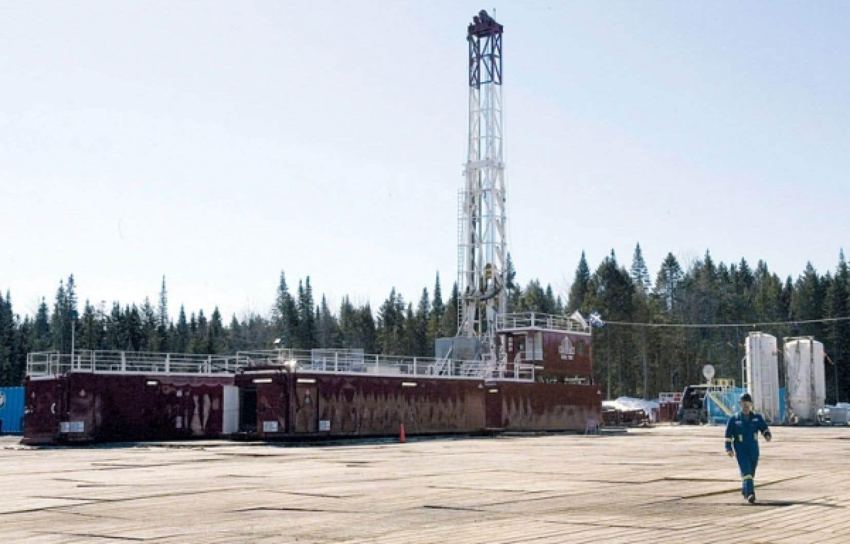 Un puits d'exploration de gaz de schiste à Saint-Édouard-de-Lotbinière, en 2009
