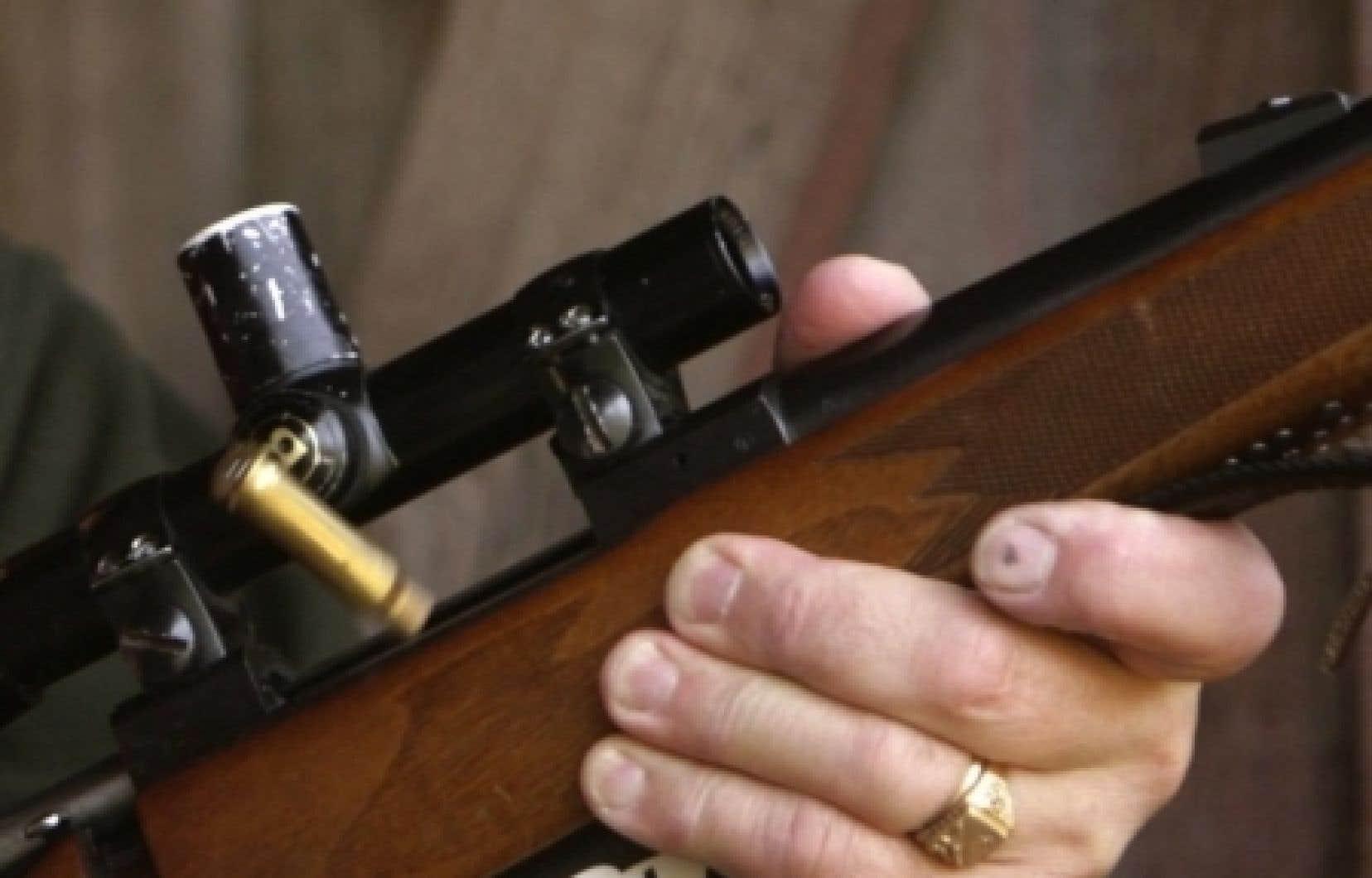 Le rapport tient compte de tous les crimes commis avec des armes à feu en 2008, et les coûts engendrés par ceux-ci.