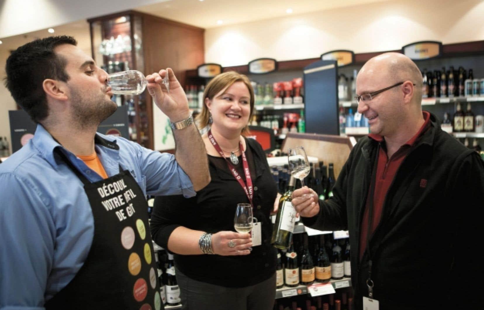 Claudie lacroix, Rolland Boudreau et Michel Pilon sont convaincus: Les Vignes retrouvées est d'un très bon rapport qualité-prix.