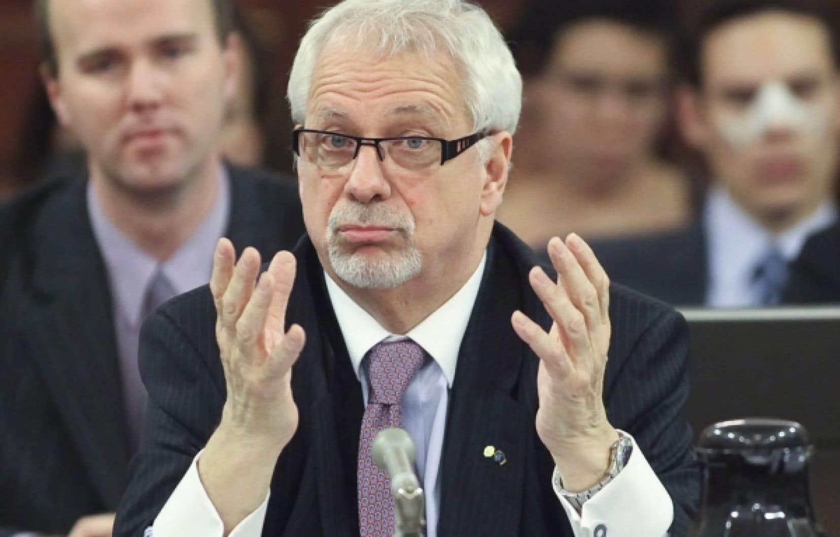 <div> Pierre-Marc Johnson lors de sa comparution devant les parlementaires québécois.</div>