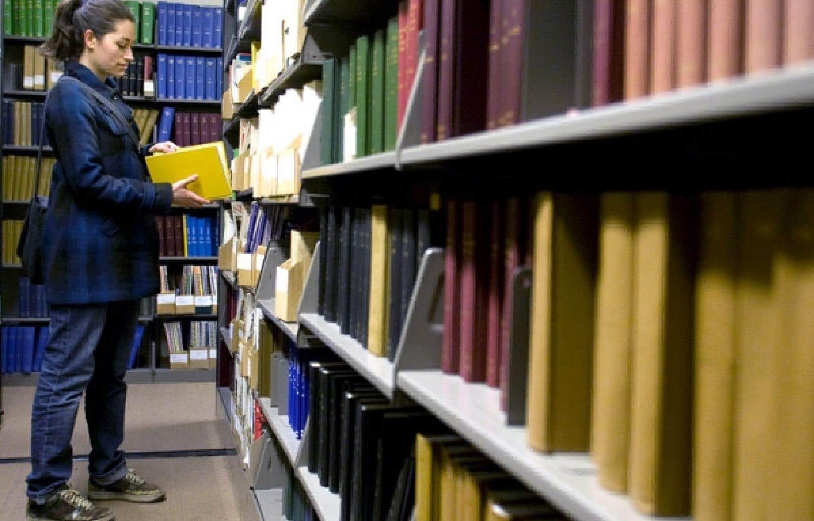 Les étudiants des provinces canadiennes doivent en prêts plus de 15 milliards au fédéral.