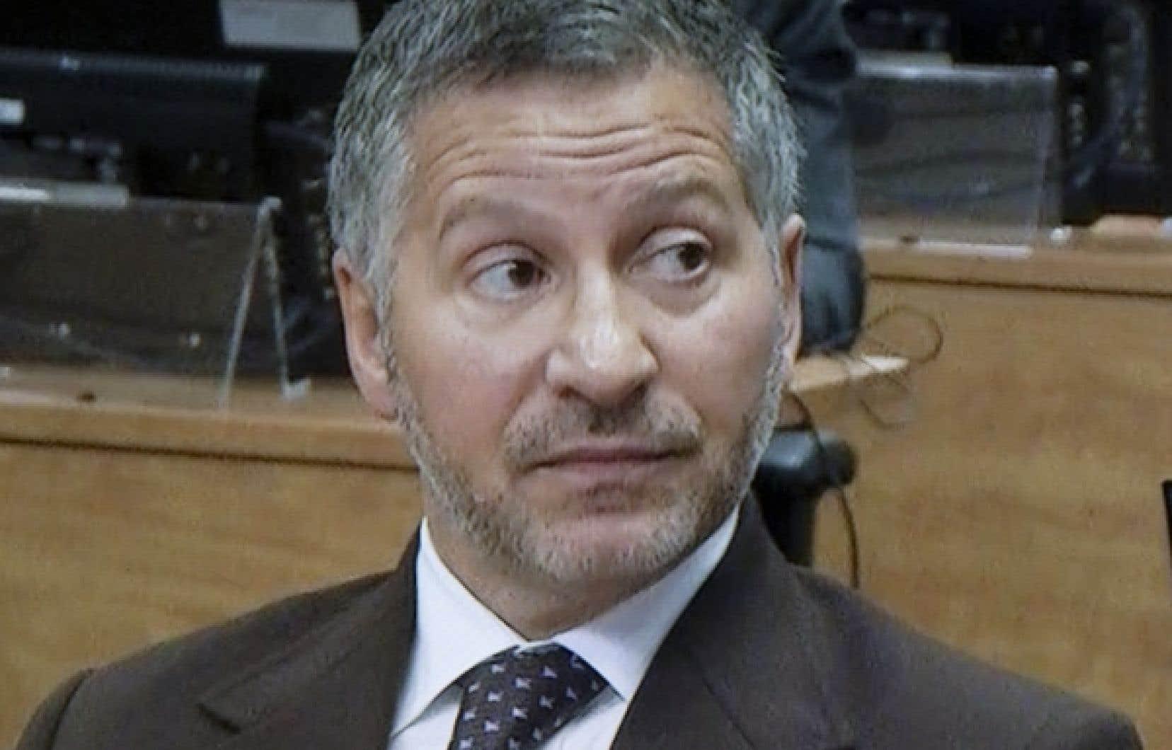 Pour sa part l&#39;homme d&#39;affaires Elio Pagliarulo a soutenu que l&#39;ex-pr&eacute;sident du comit&eacute; ex&eacute;cutif de la Ville de Montr&eacute;al, Frank Zampino, a &eacute;t&eacute; corrompu &agrave; r&eacute;p&eacute;tition par l&#39;entrepreneur Catania. <br />