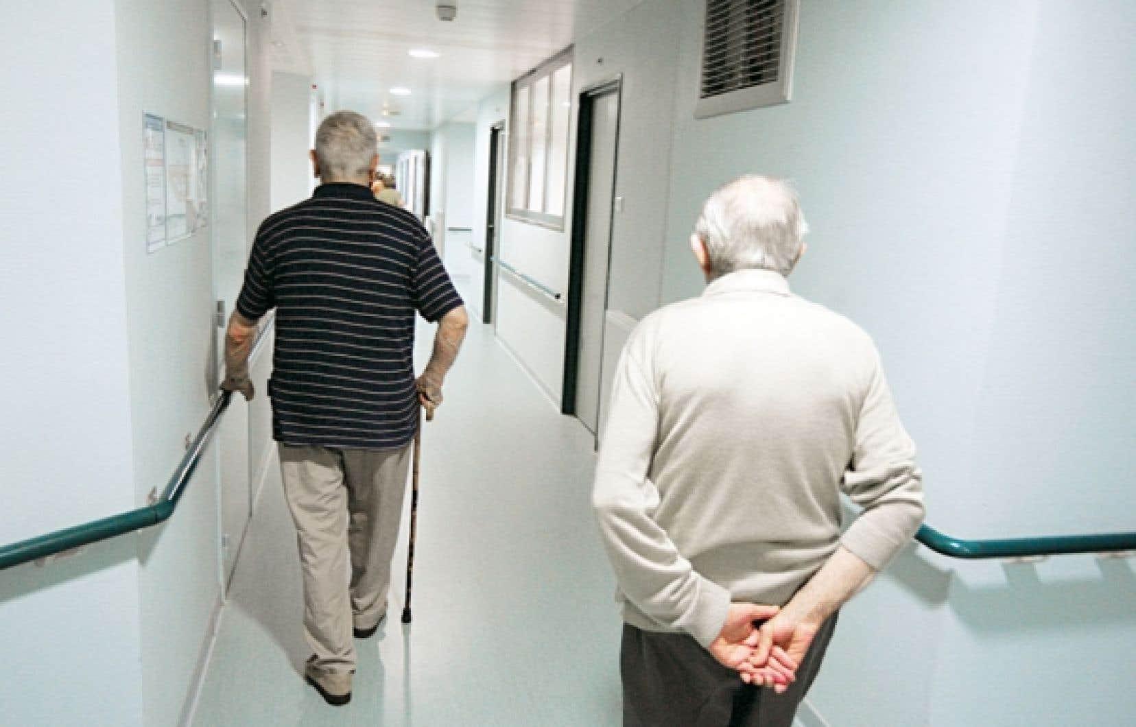 Le monde des résidences pour personnes âgées n'est pas uniforme. Il y a toute sorte de résidences pour personnes âgées. On trouve d'abord des résidences pour aînés autonomes. À l'autre bout du spectre, on trouve des résidences pour des aînés en perte d'autonomie offrant toute une gamme de soins et de services.