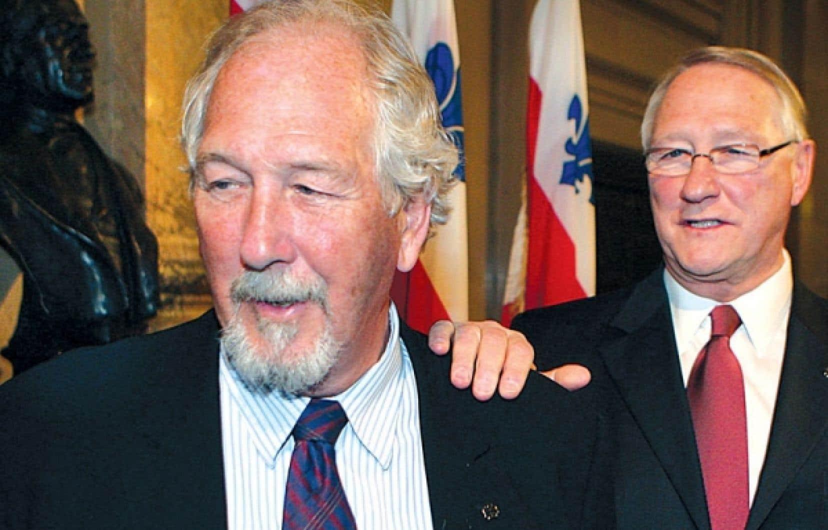 Marcel et Gérald Tremblay en janvier 2009, lors du dévoilement des préparatifs en vue du 375e anniversaire de Montréal