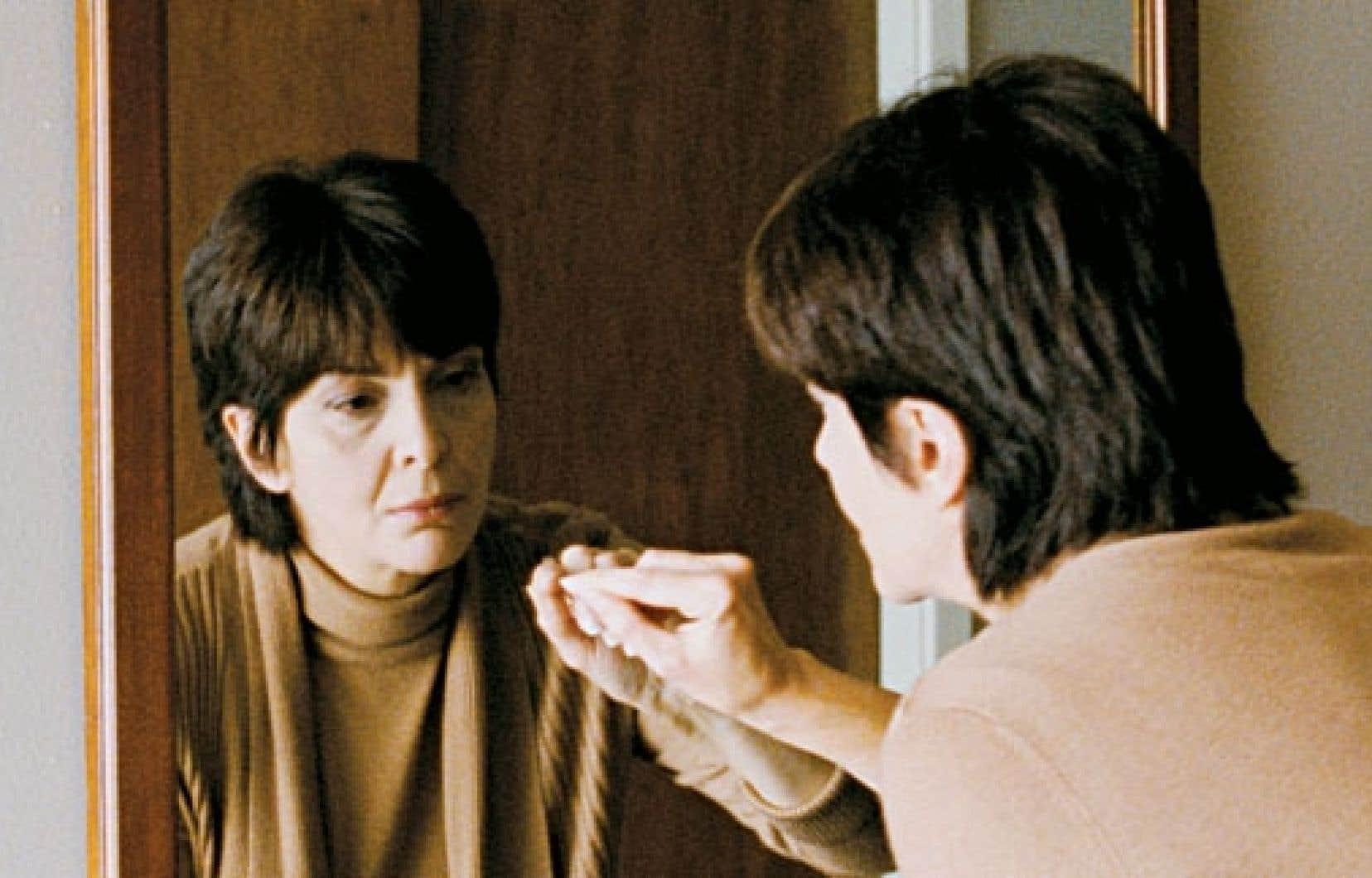 Simon Galiero raconte ici l'histoire du renoncement et de la reconquête de soi de Denise, une dame mûre campée par l'excellente Micheline Bernard.