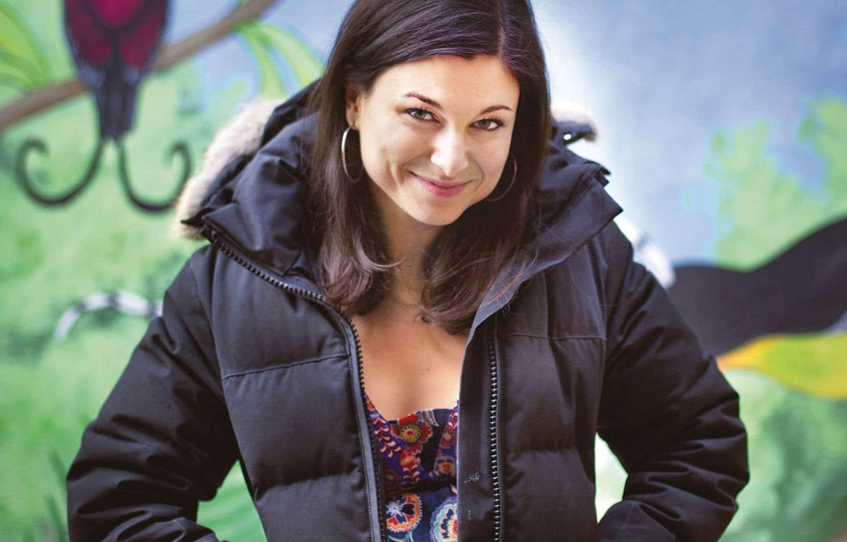 Émilie Bibeau foule la scène du théâtre Jean-Duceppe pour une cinquième fois en dix ans de carrière.