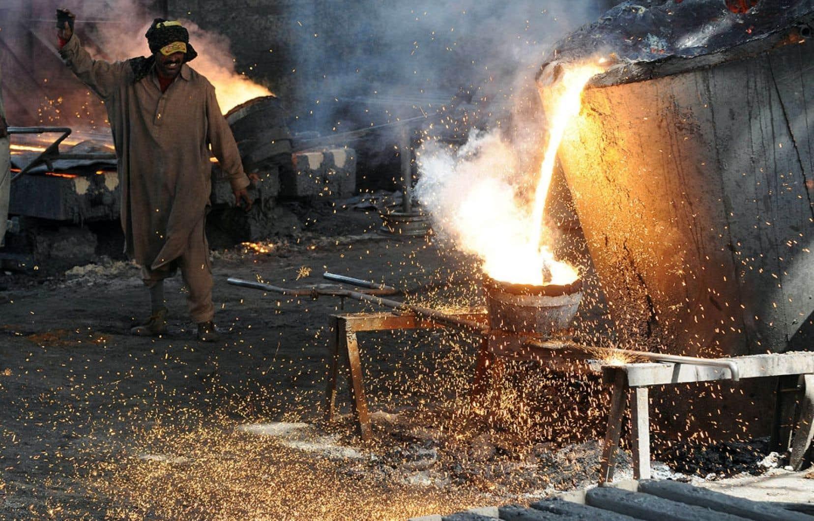 Il y a des droits et des principes fondamentaux du travail qui doivent être respectés en matière d'approvisionnement.