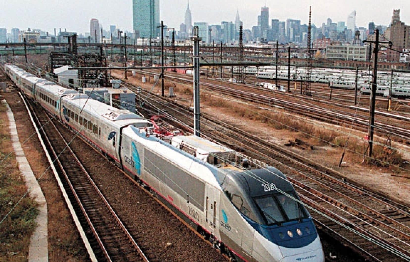 <div> Amtrak doit remplacer ses trains Acela Express.</div>