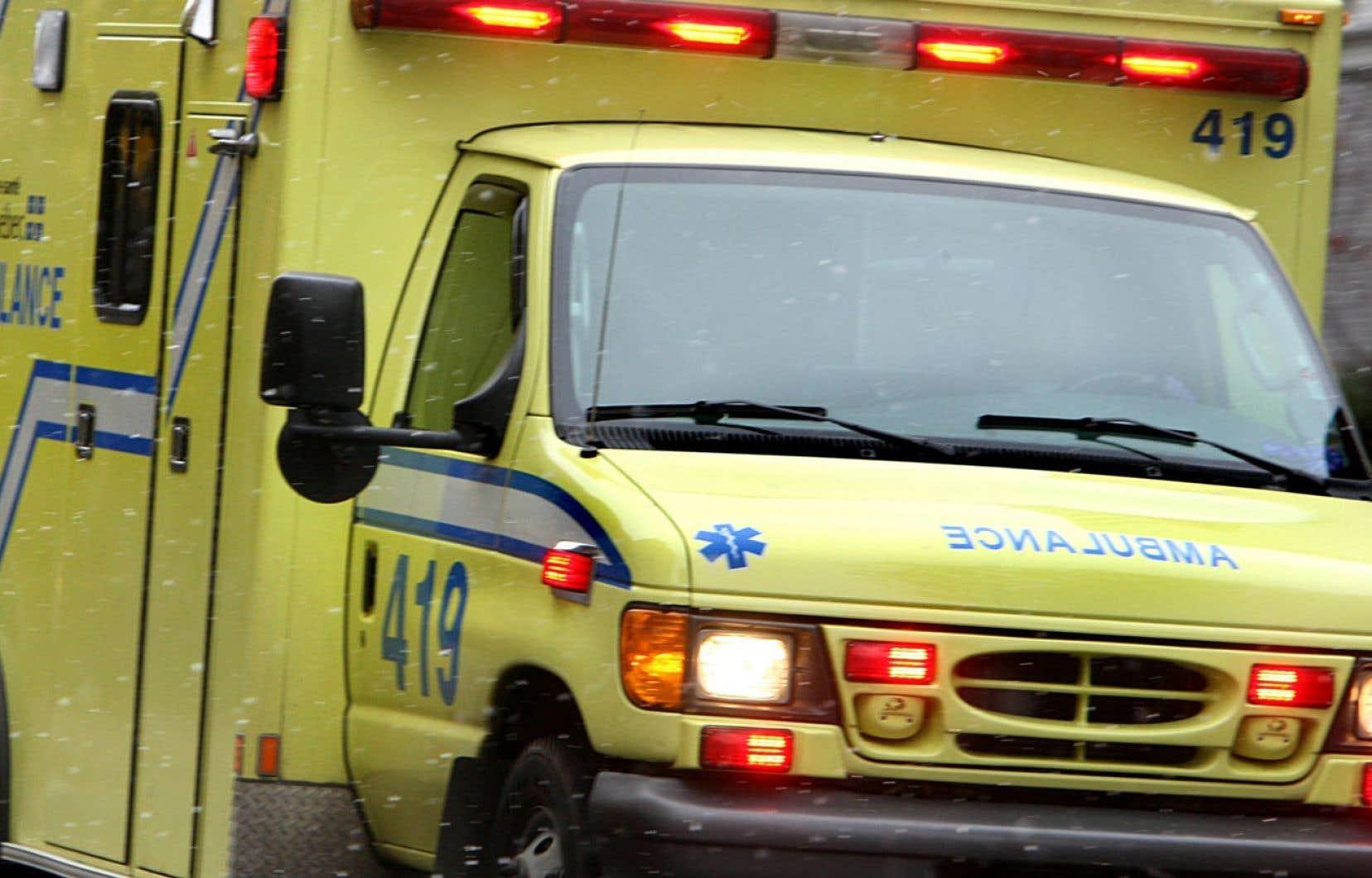 Le protocole élaboré par le ministère de la Santé, le Bureau du coroner et le Collège des médecins vise à libérer les ambulanciers paramédicaux le plus rapidement possible après un appel.