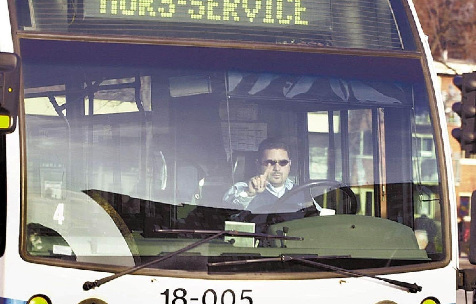 Le vérificateur de la Ville reproche au service d'entretien du RTC de ne pas classer les bris d'autobus «par ordre de gravité».
