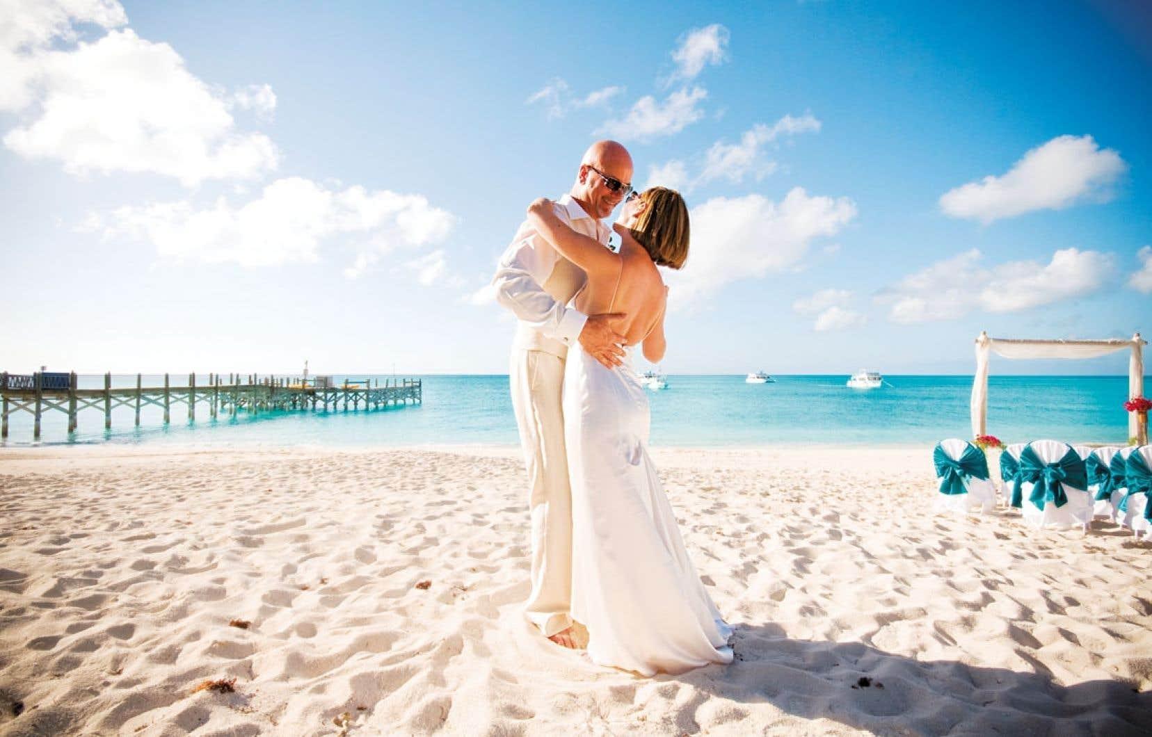 Une demande en mariage sur quatre arrive en décembre. Et une fois sur cinq, ces unions se scellent dans une destination exotique.