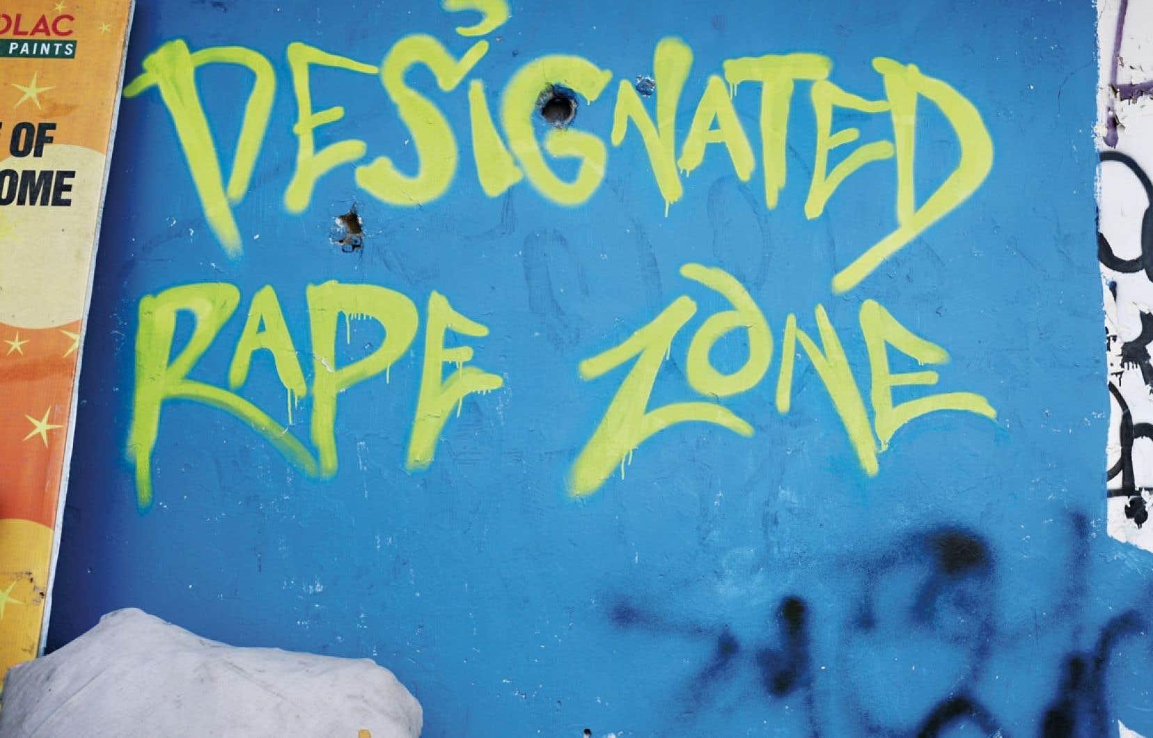 Un graffiteur indien a inscrit ces lettres (« zone de viol désignée ») sur les murs de New Delhi pour souligner le danger que courent les femmes dans cette « capitale indienne du viol ».