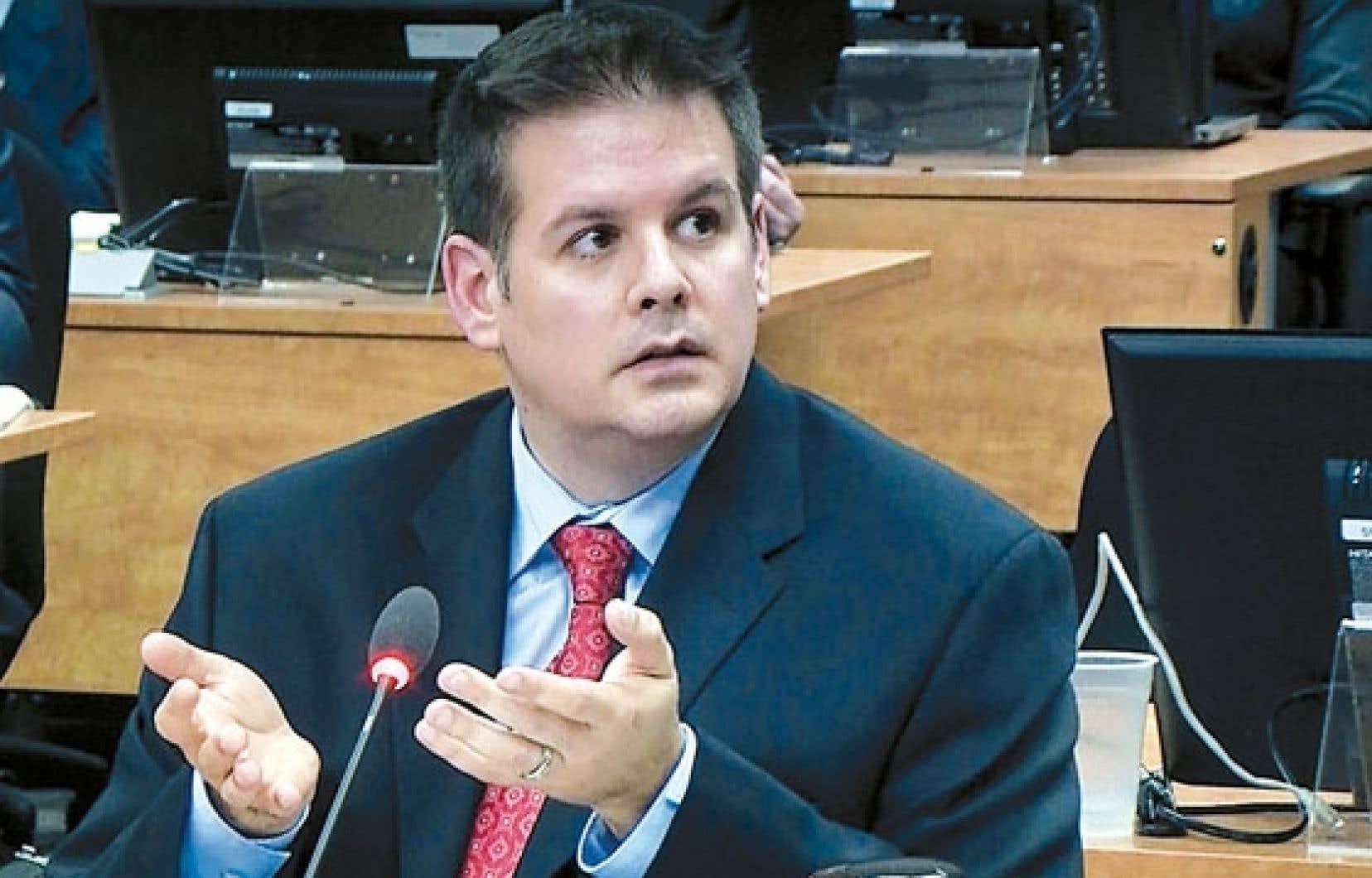 Martin Dumont, ancien organisateur du parti Union Montréal, a de nouveau témoigné devant la commission Charbonneau hier.