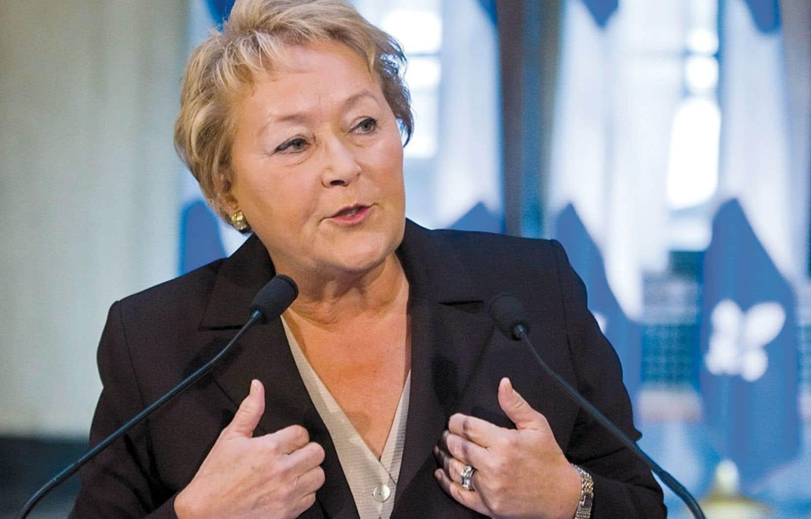 Pauline Marois avait convoqué les médias quelques heures avant son départ pour le Forum économique mondial.
