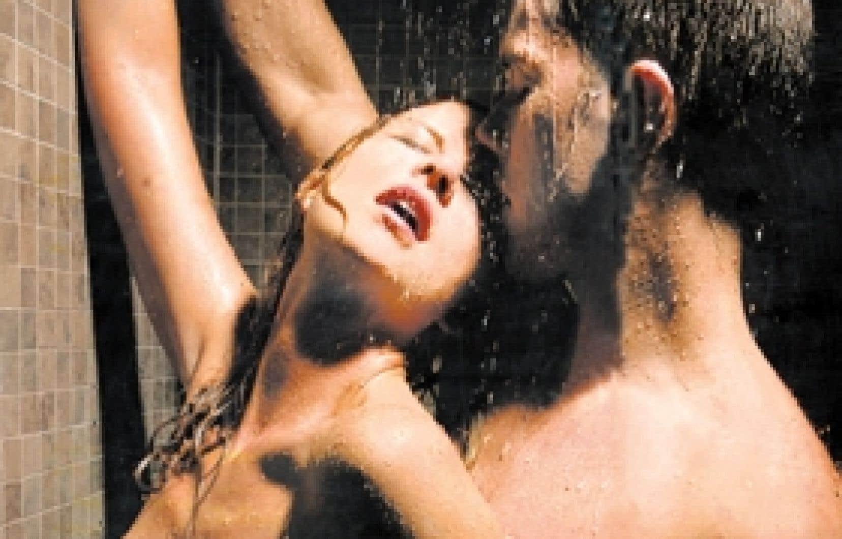 Homme et femme amoureux nus dans la douche [PUNIQRANDLINE-(au-dating-names.txt) 41