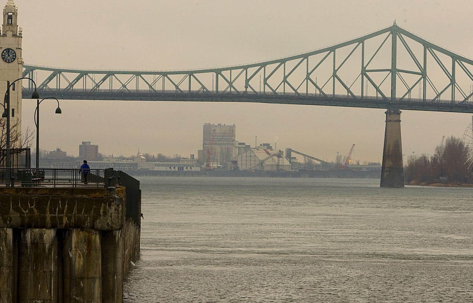 L'implantation d'un péage sur l'ensemble des ponts autour de Montréal n'est pas exclue parla Communauté métropolitaine de Montréal.