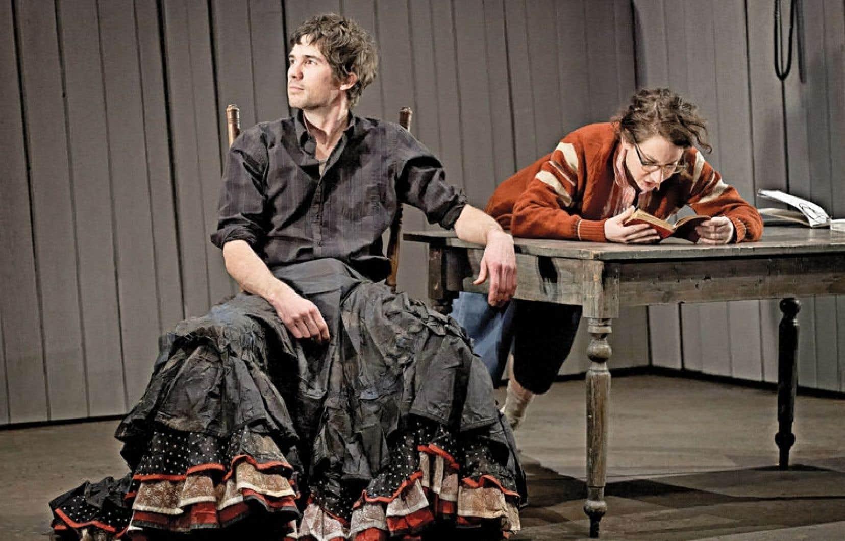 Maxime Denommée et Léane Labrèche-Dor dans une scène des Muses orphelines, de Michel Marc Bouchard