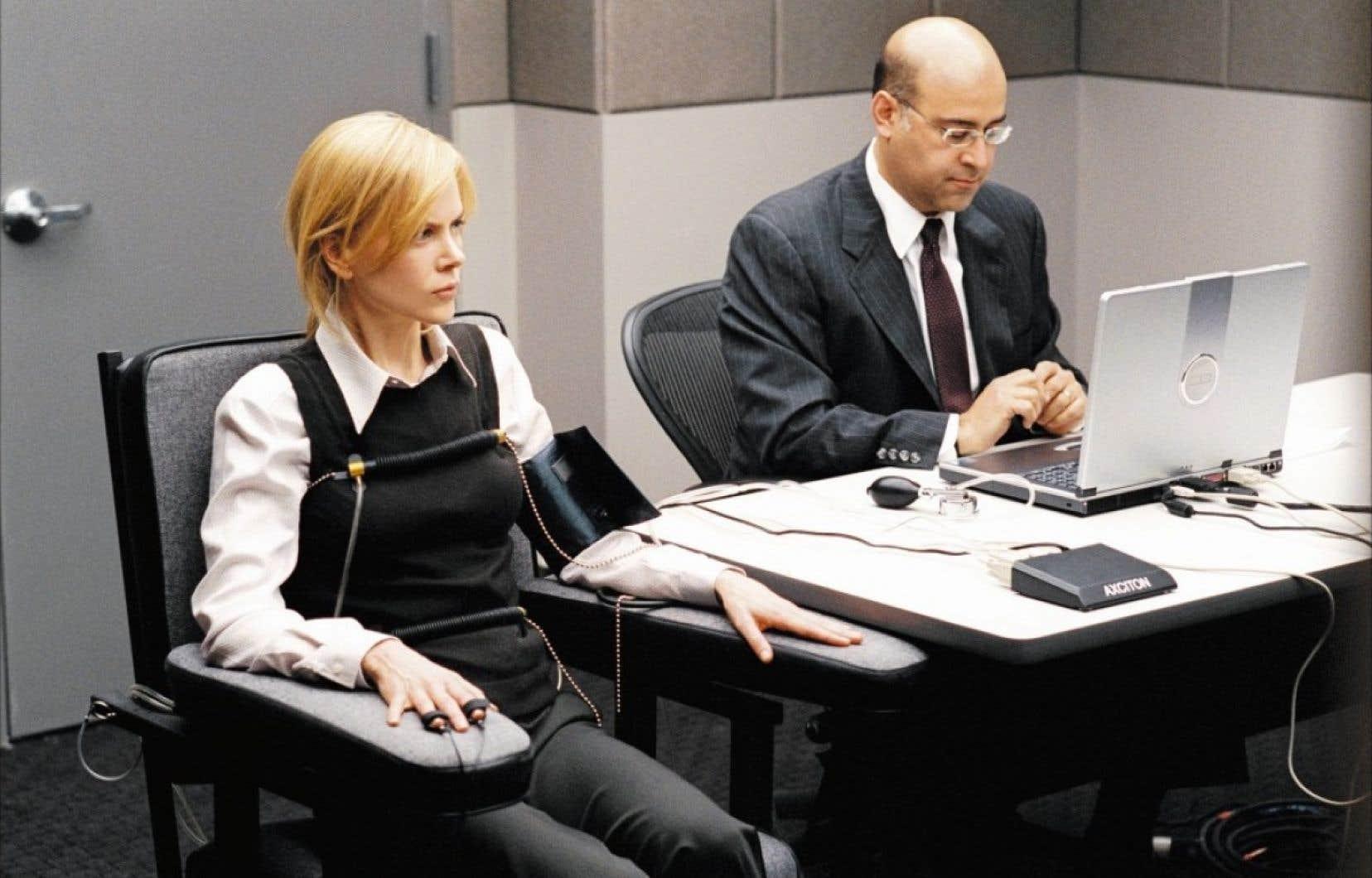 Nicole Kidman passe au d&eacute;tecteur de mensonges dans le film The Interpreter de Sydney Pollack (2005) <br />