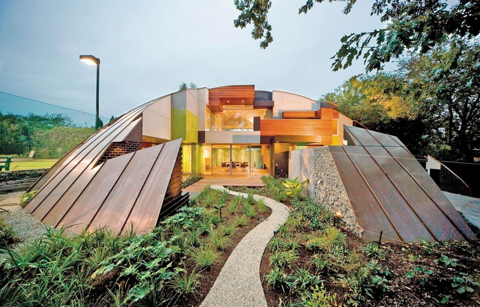 Life Architecturally fait découvrir l'univers créatif d'un couple australien formé par un architecte et une designer.