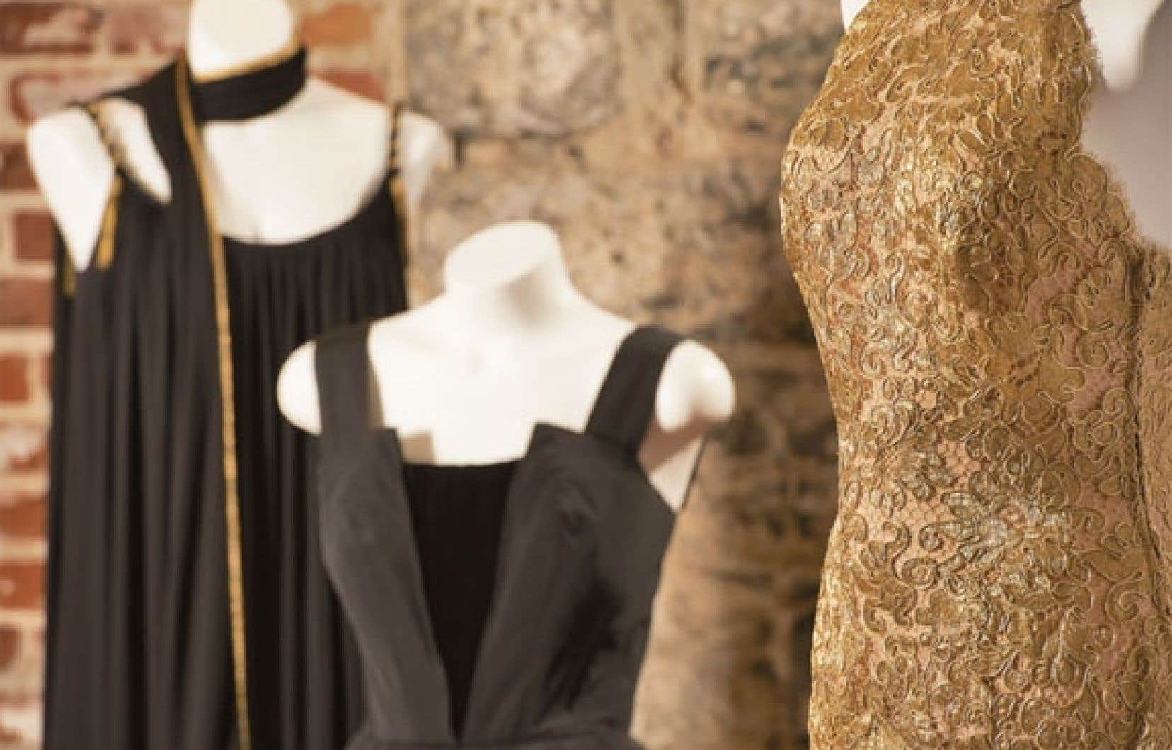 L'exposition inaugurale, Tapis rouge : la mode au musée, s'ouvrira le 19 avril au Marché Bonsecours en mélangeant pièces québécoises et créateurs iconiques, dont Christian Dior.