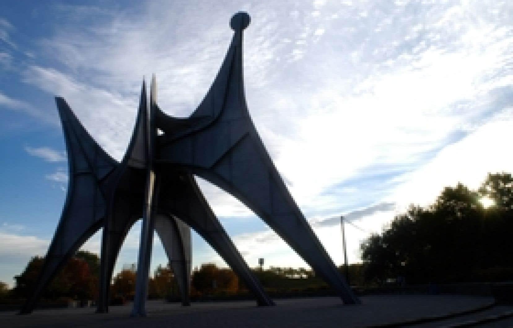 Commandée pour l'Expo 67, L'Homme est une sculpture stabile de 24 mètres de haut en acier inoxydable créée par le sculpteur américain Alexandre Calder, surnommé «l'oiseleur du fer» par le poète Prévert.