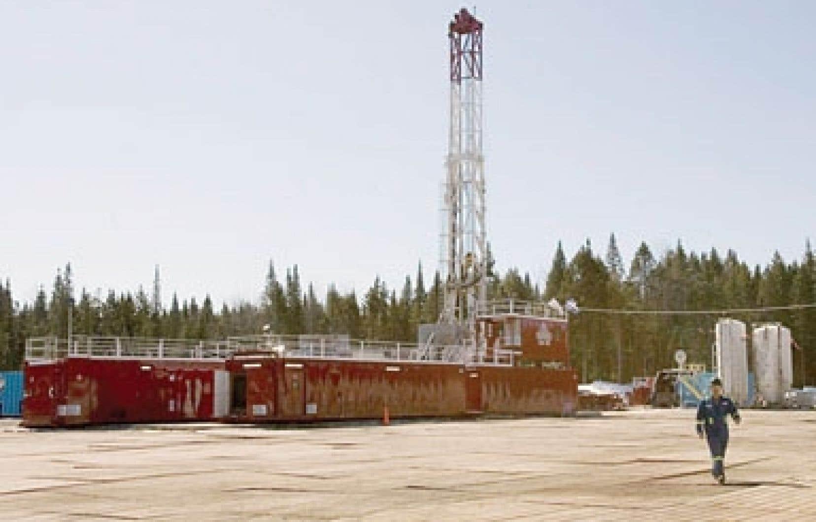 Michael Binnion ne digère pas que le gouvernement Marois ait mis en veilleuse l'exploitation des gaz de schiste au Québec. Ci-dessus, un puits de Saint-Édouard-de-Lotbinière.