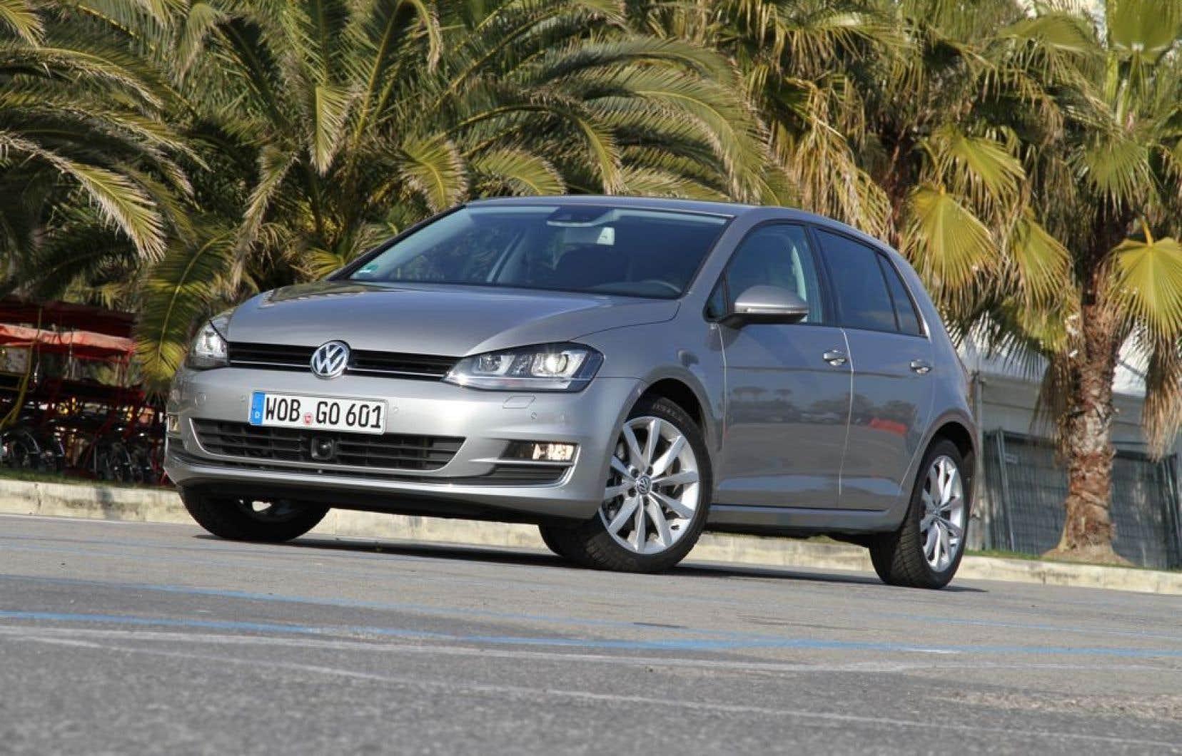 Les acheteurs canadiens ne pourront se procurer la nouvelle Golf avant le printemps 2014, puisque Volkswagen travaille sur des mécaniques exclusives au marché nord-américain.