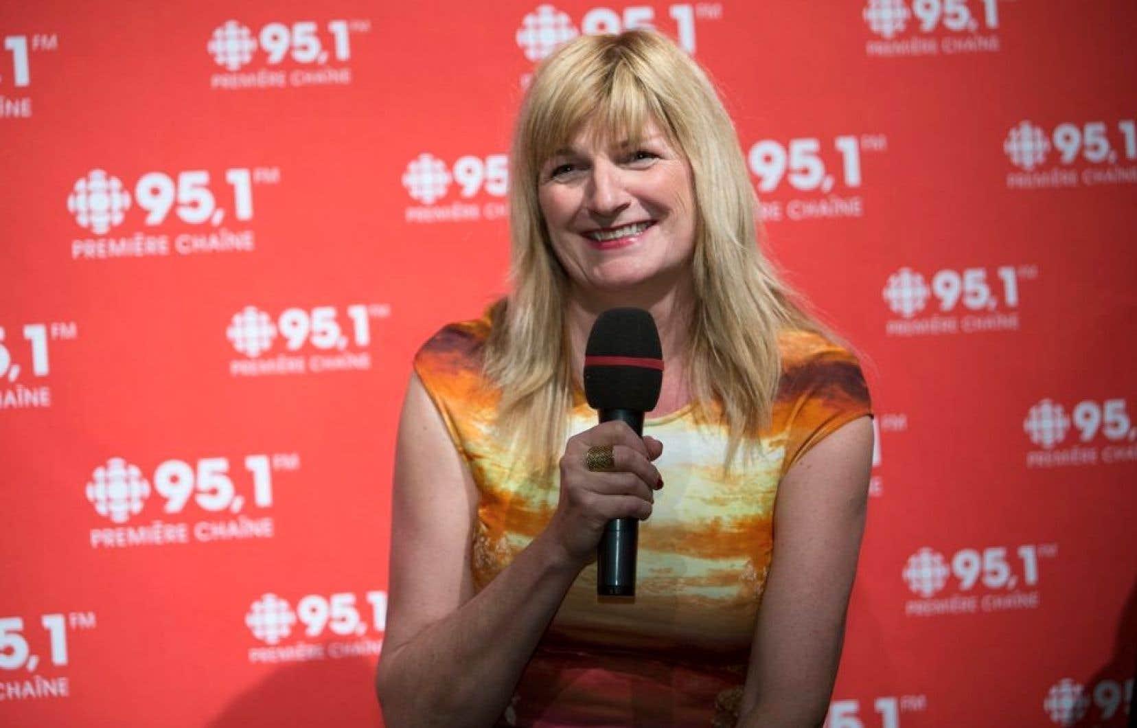 Radio-Canada a annoncé mercredi que c'est Marie-France Bazzo qui remplacera René Homier-Roy.