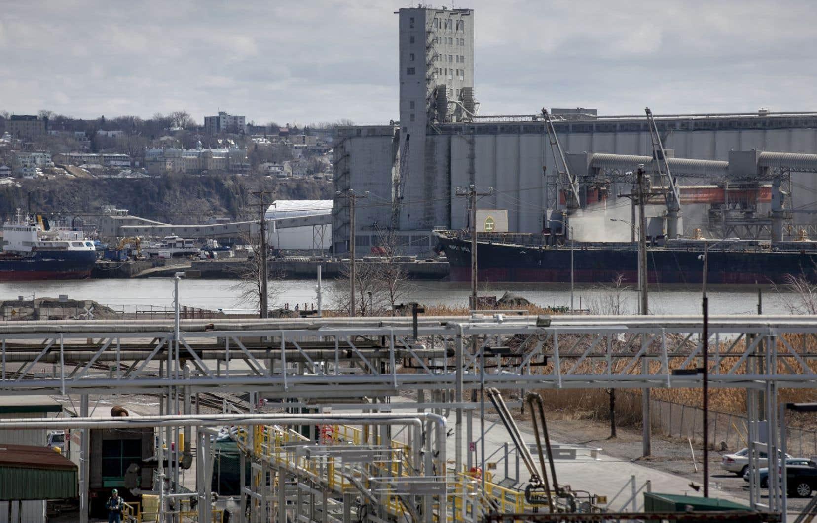 Des études avaient déjà démontré que les concentrations de nickel dépassaient de 4,4 fois la norme à Limoilou et qu'elles provenaient entre autres des activités de vrac du port de Québec.