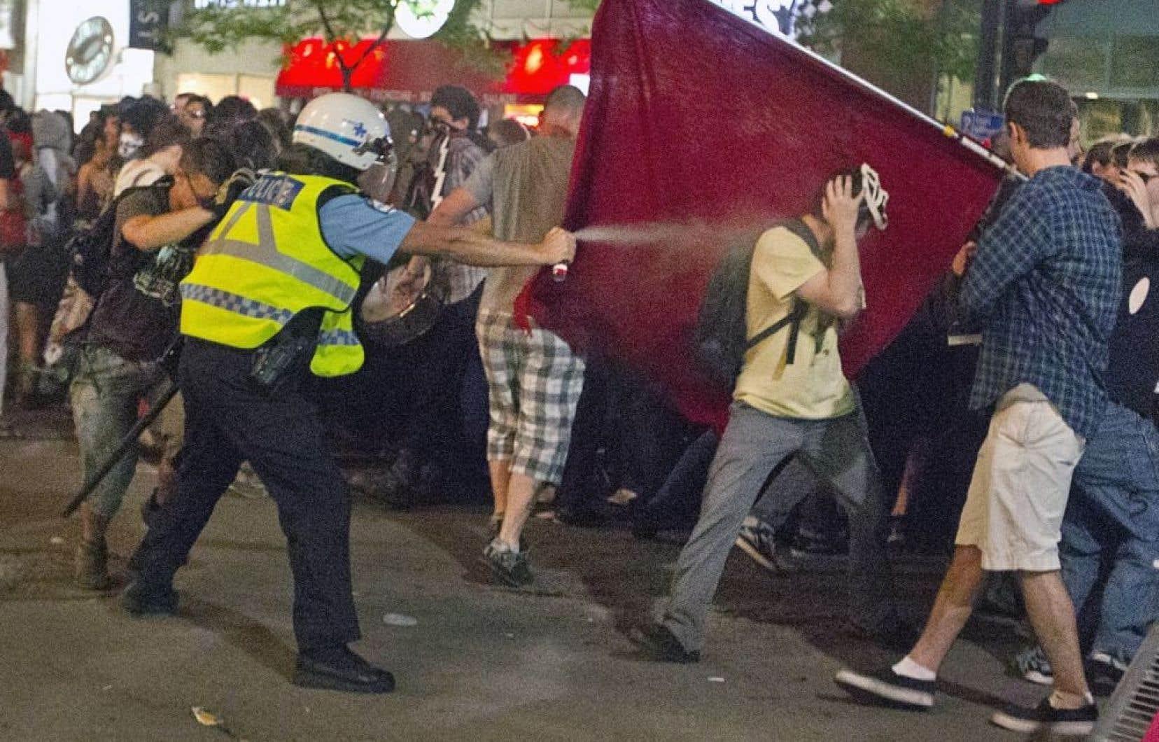 Affrontement entre policiers et manifestants, lors d&#39;une manifestation en juin dernier.<br />