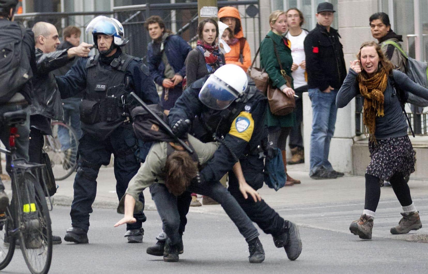 Est-ce que cette commission viendra remettre en question les arrestations de masse, les armes utilisées, les blessures?