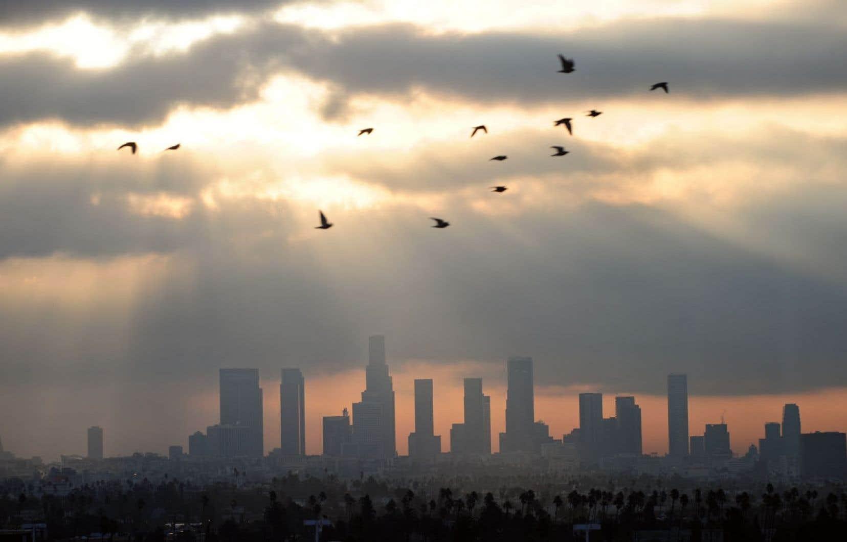 Los Angeles sous le smog. La dernière fois que la planète a connu une concentration de plus de 400 ppm de CO2, c'était il y a environ trois millions d'années.