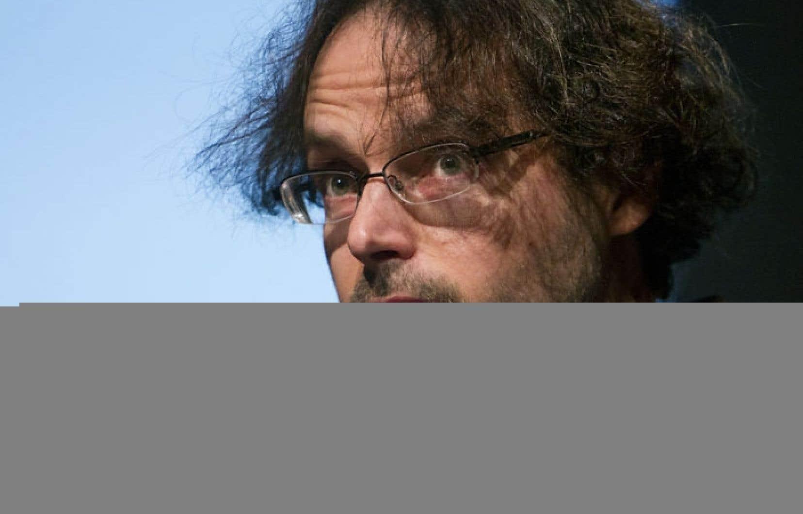 Le jury du prix Émile-Nelligan a choisi à l'unanimité le recueil du poète Mario Brassard, Le livre clairière, comme lauréat de l'année 2012.