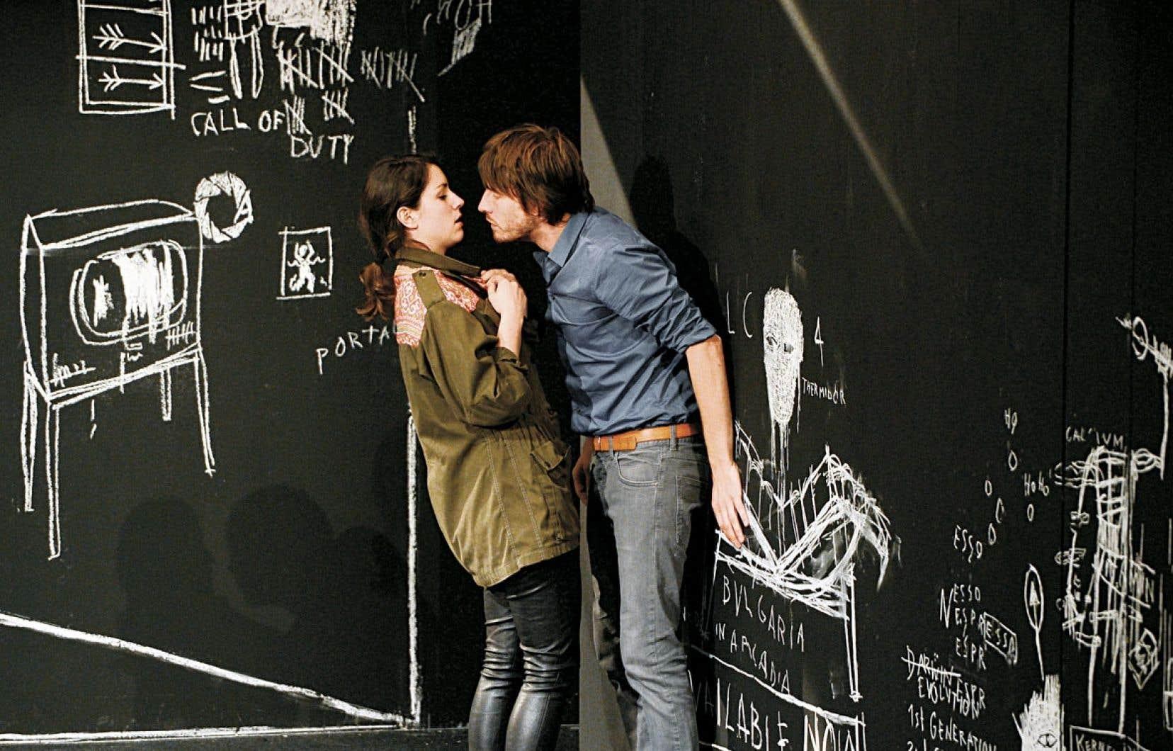 Une scène de la pièce Un ennemi du peuple, qui ouvre le Festival TransAmériques avant de prendre la route du Carrefour international de théâtre.