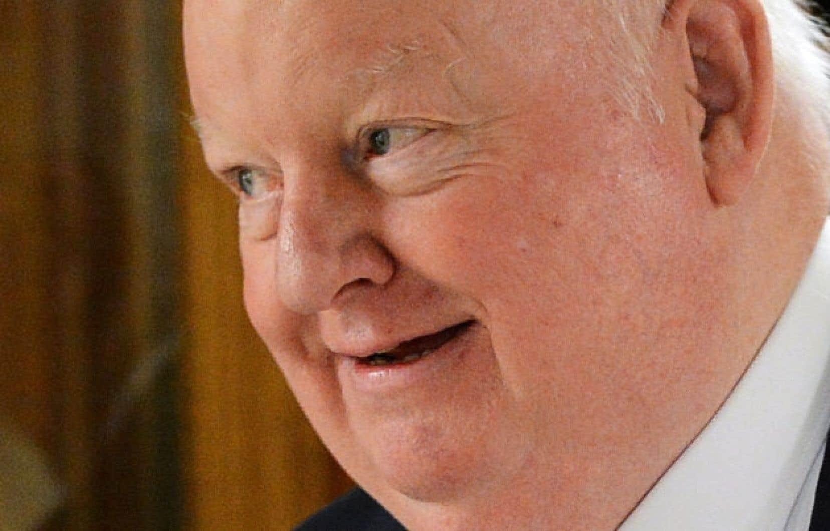 Devant la controverse, le sénateur Mike Duffy a choisi de siéger comme indépendant.