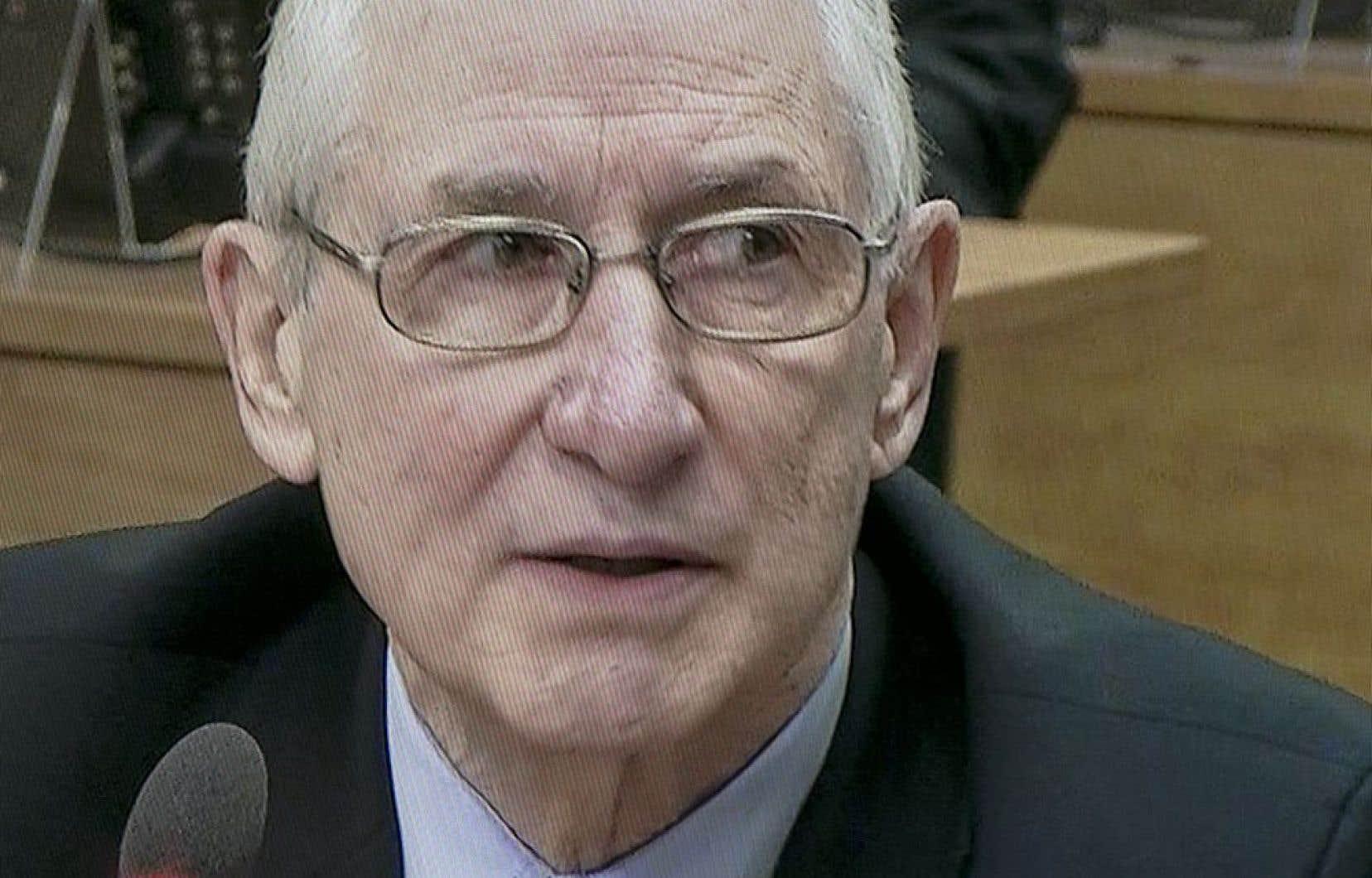 À cette époque, la collusion et la corruption ne faisaient pas partie des préoccupations de Roger Desbois. «Je n'étais pas sensibilisé à ça. Je vous dis la vérité», a-t-il insisté.