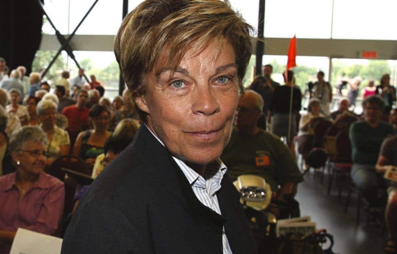 Louise Beaudoin, qui a été députée pendant 12 ans et ministre pendant huit ans, est catégorique: jamais on ne lui a offert d'enveloppes durant sa carrière de politicienne.