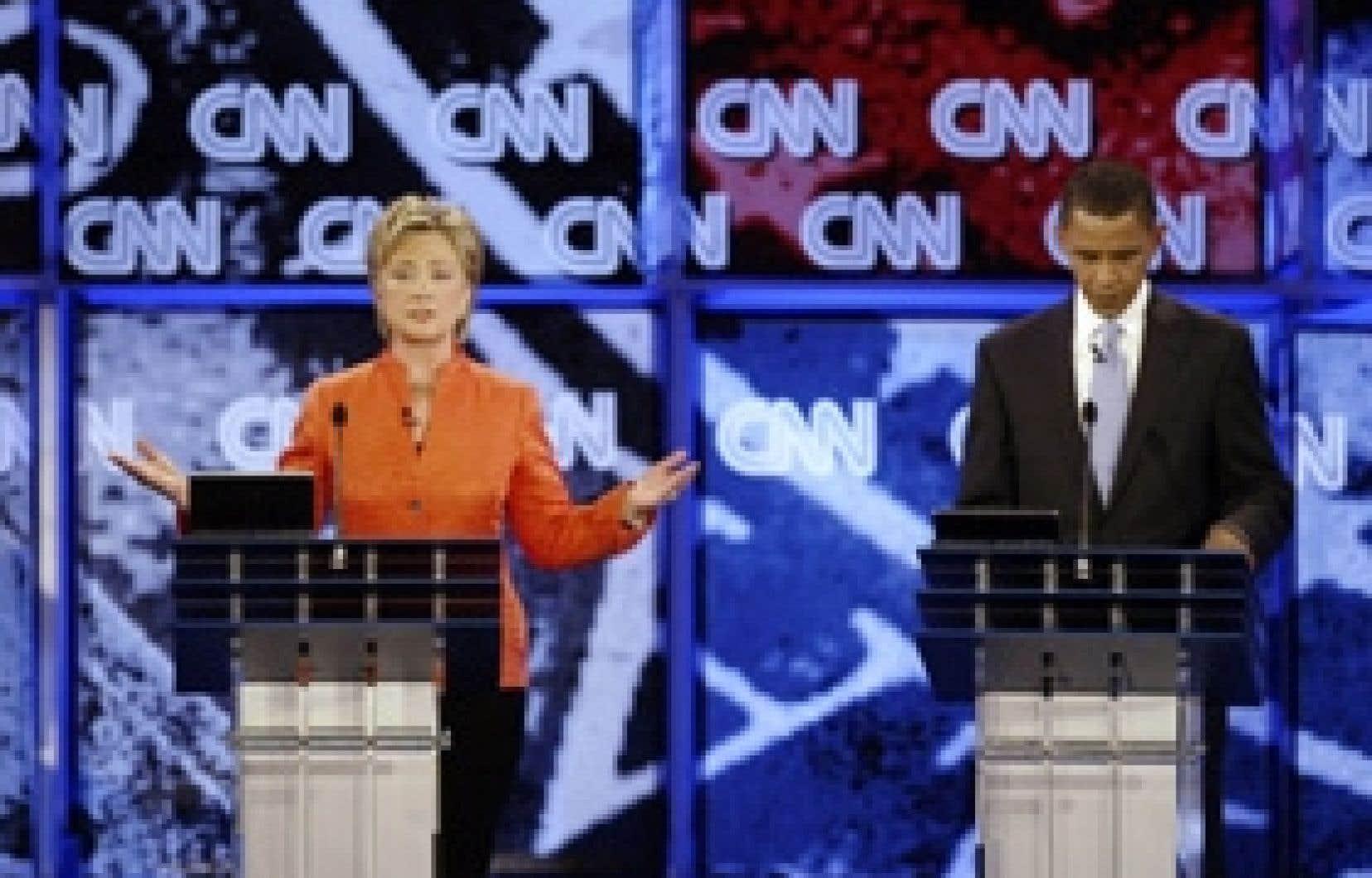 Hillary Clinton pendant le débat de lundi soir.