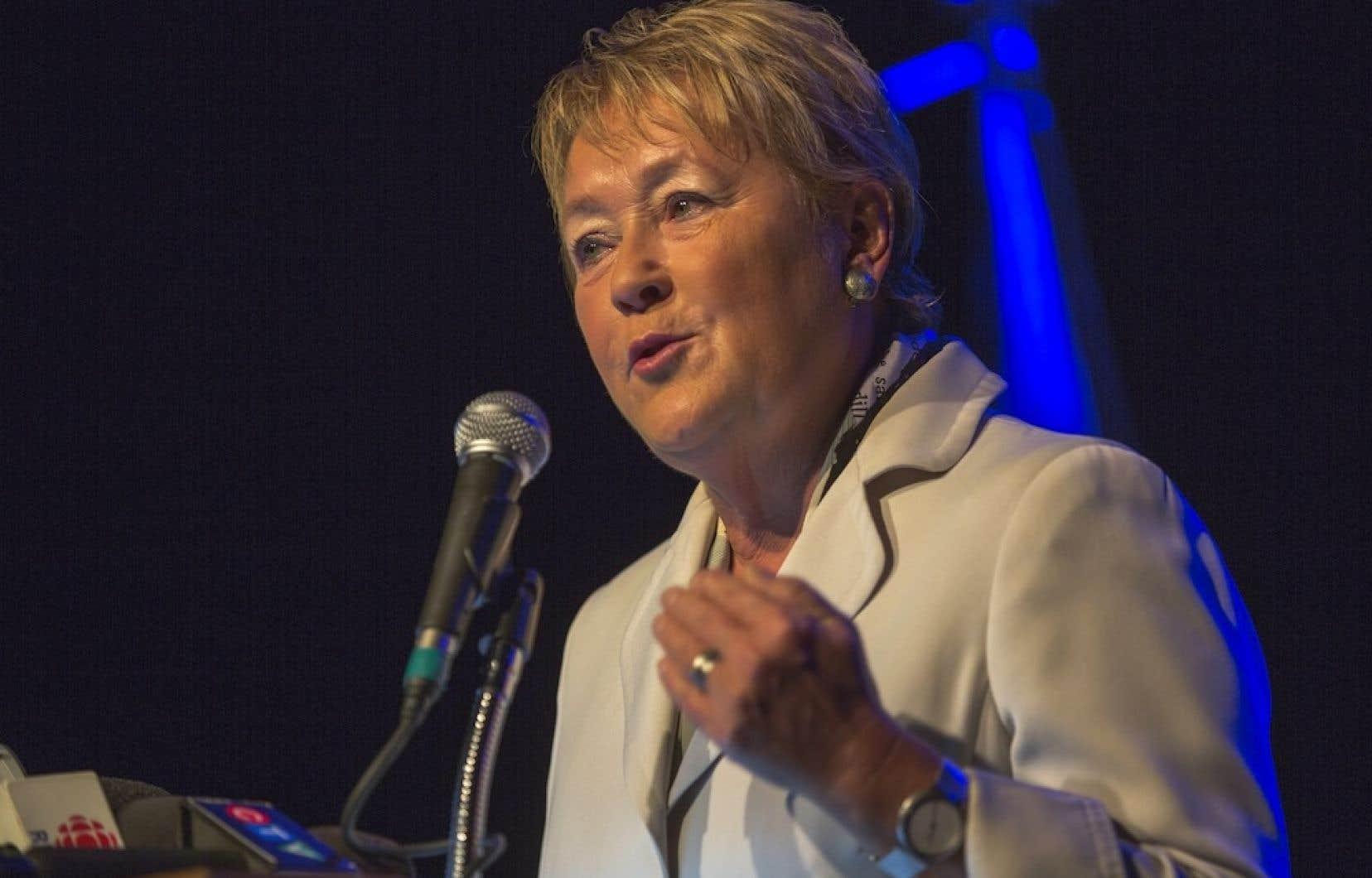Les Québécois devront payer plus pour les aînés à compter de 2017, a indiqué Pauline Marois en point de presse.