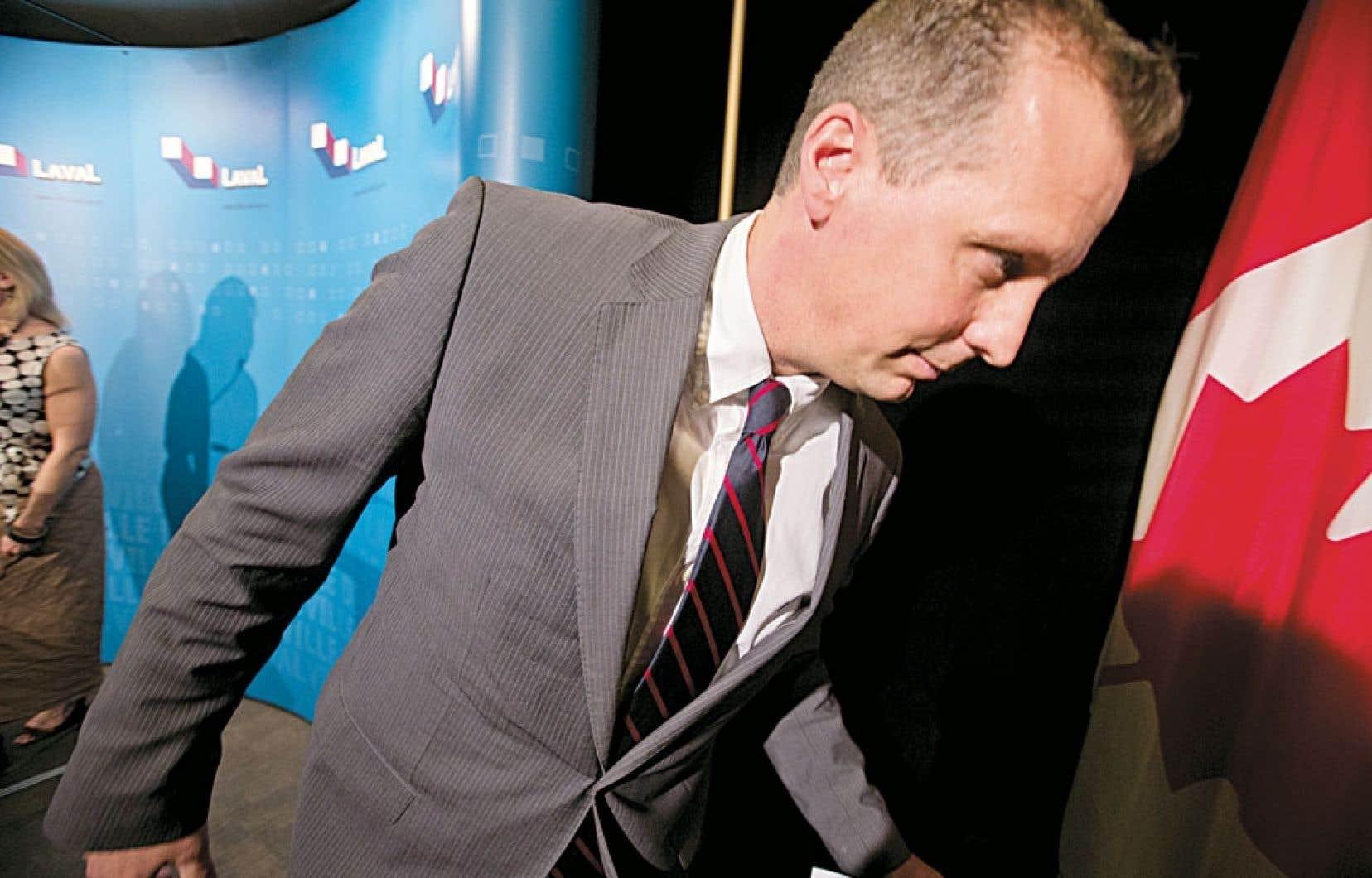 <div> Le maire par int&eacute;rim de Laval, Alexandre Duplessis, a accept&eacute; de r&eacute;pondre aux questions journalistes, mardi, &agrave; l&rsquo;occasion de l&rsquo;entr&eacute;e en vigueur de la mise sous tutelle de la Ville, qui co&iuml;ncidait avec le jour de la s&eacute;ance mensuelle du conseil municipal.</div>