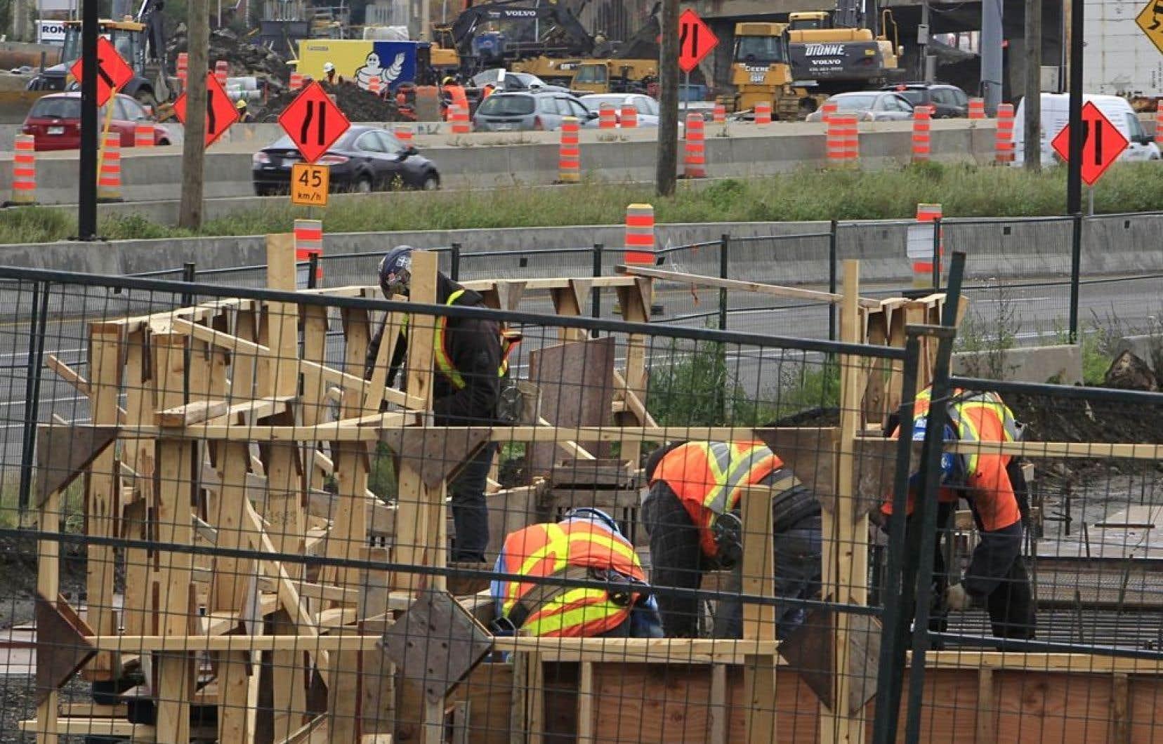 Les 175 000 travailleurs de la construction sont prêts à déclencher une grève générale illimitée le 17 juin si aucune entente n'intervenait d'ici là.
